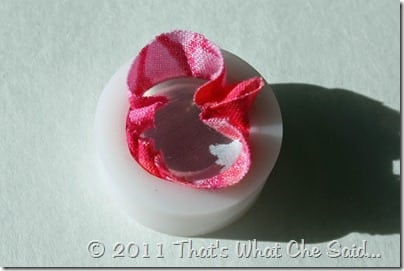 How to make your own fabric buttons at thatswhatchesaid.com