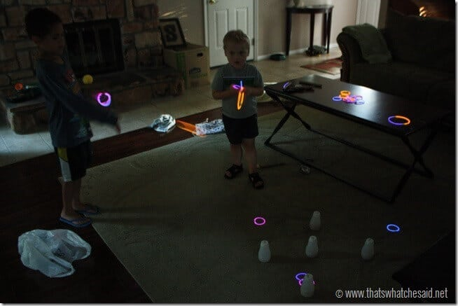 Ring-Toss-Game-with-glow-sticks