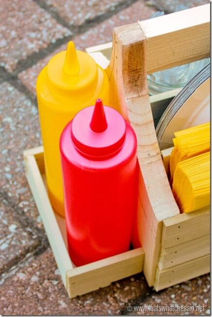 Ketchup & Mustard Compartment