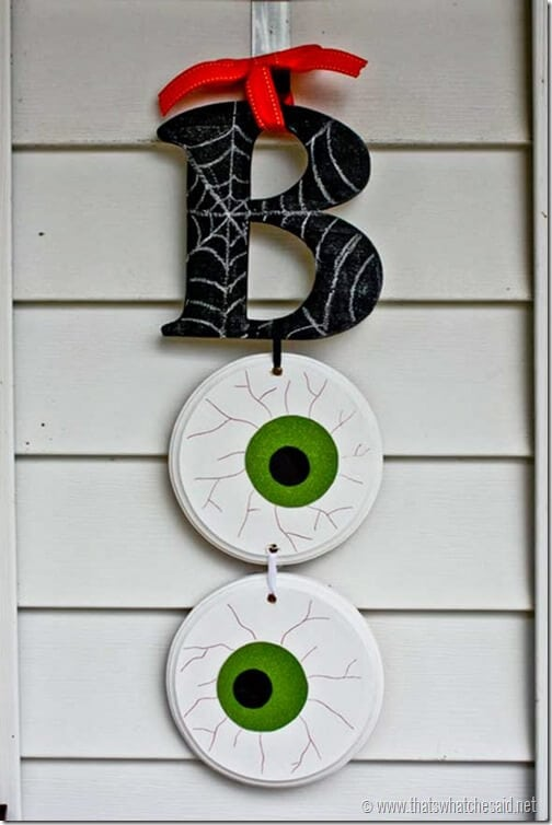 Halloween_Door_Hanging_from_thatswhatchesaid.net