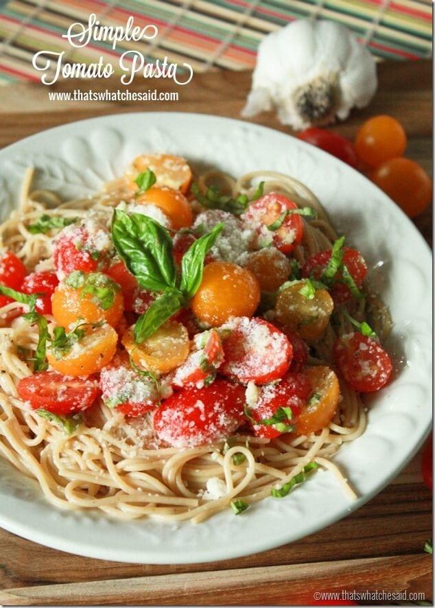 Simple Tomato Pasta at thatswhatchesaid.com