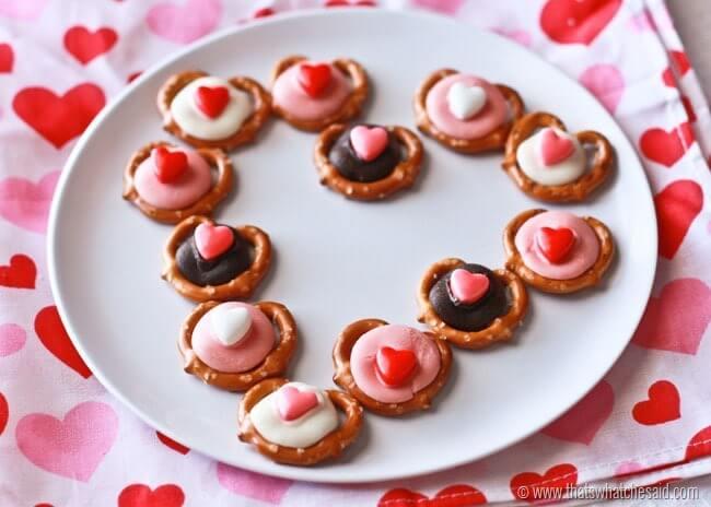 Valentine Heart Pretzel Bites at thatswhatchesaid.com
