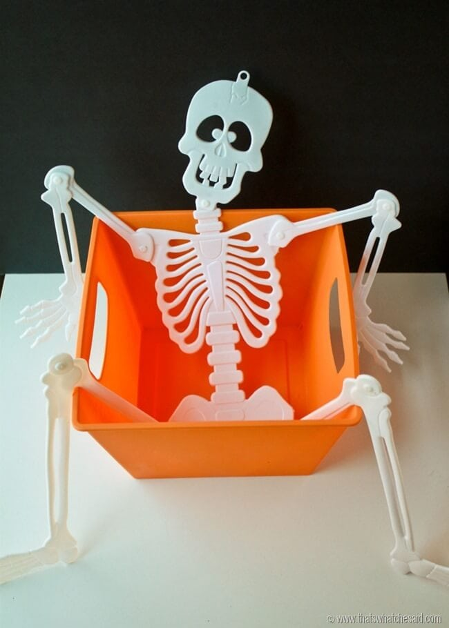 How to make a spooky trick or treat bucket