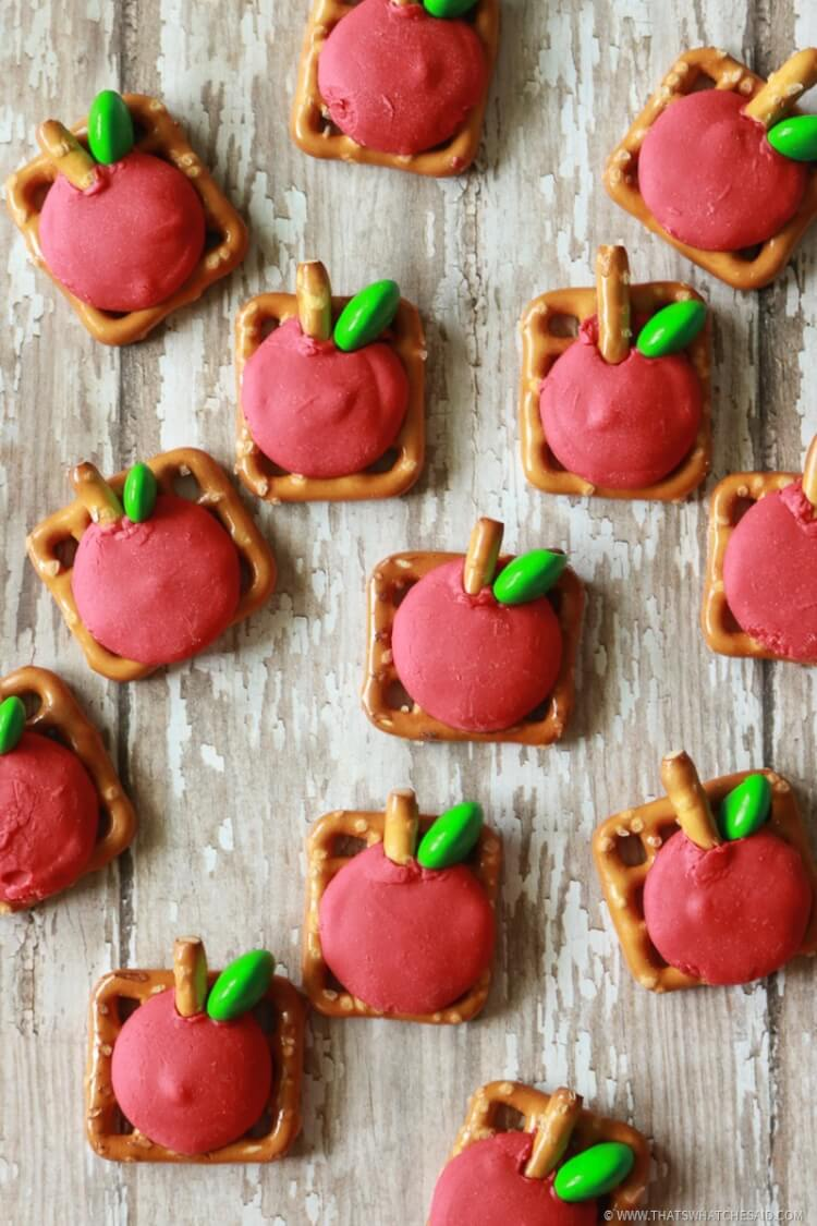 Simple way to make apple pretzel bites