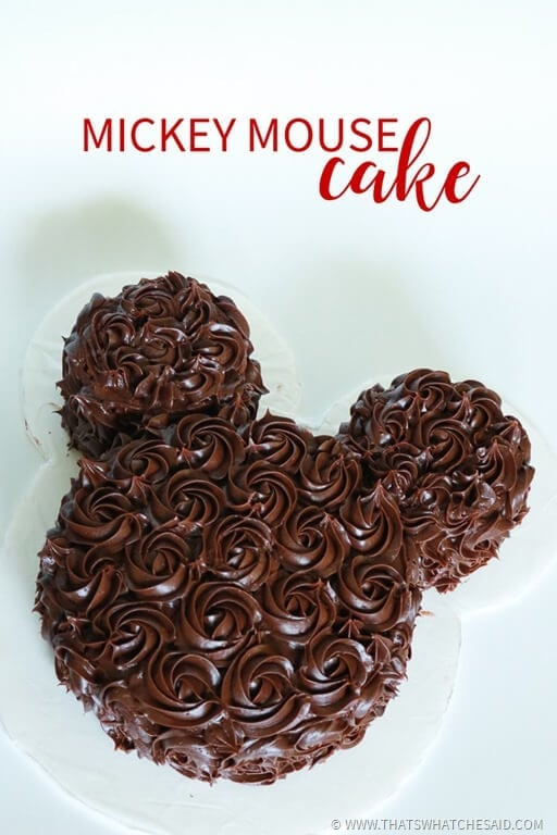 Elegant and Classy Take on a Classic Mickey Mouse Cake