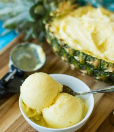 3 ingredient pinepaple frozen yogurt recipe is an absolute winner!