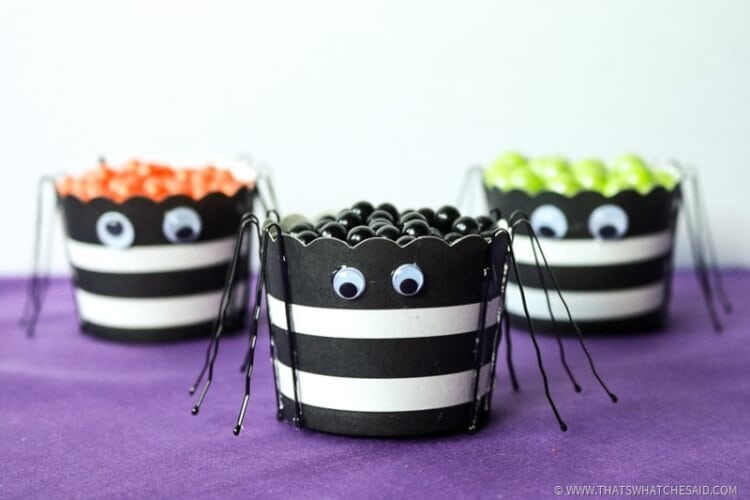 Fill Spider Treat Cups with your favorite snack!