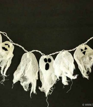 Halloween Garland made of a String of Ghost Lights - DIY