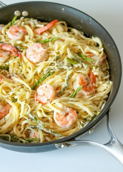 Garlic Butter Shrimp Pasta in White Wine Sauce
