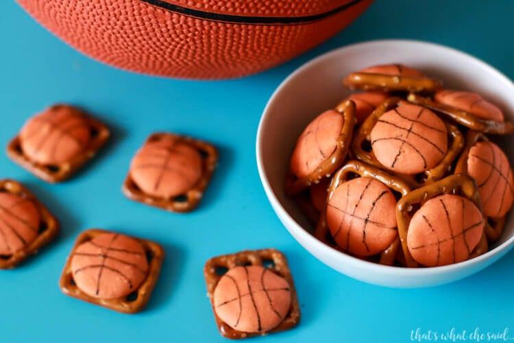 Basketball Treat Ideas- March Madness Basketball Pretzel Bites