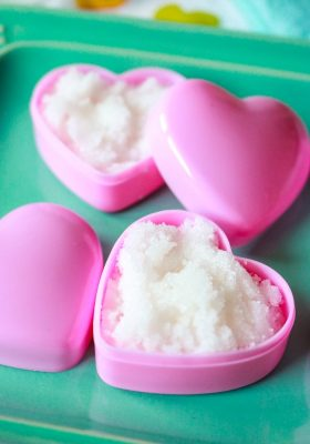 DIY Homemade Lip Scrub made with Sugar