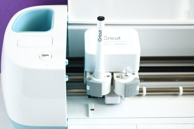 How to Insert the Pens into your Cricut Machine