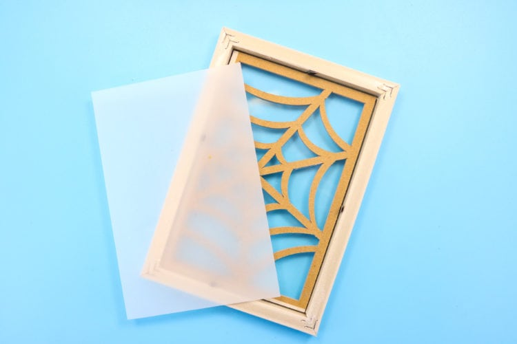 Photo frame overturned showing how to assemble a luminary