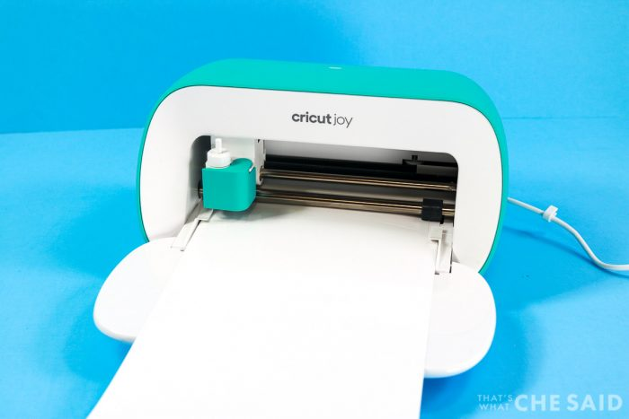 Cricut Joy cutting white Smart Vinyl