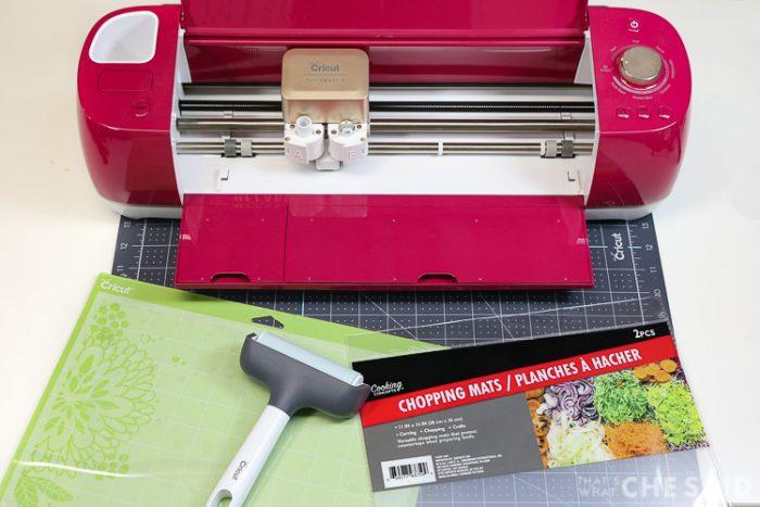 Supplies for Cricut Dollar Store Tracing Mats: Cricut machine, standard grip mat, cutting mats and brayer