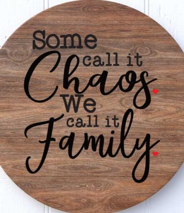 Circle Wooden Plaque with Family Quote in paint